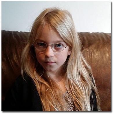 Karin Inga 8 år och 10 månader